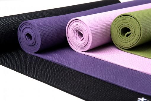 Es ist sehr wichtig auf das richtige Material bei einer Yogamatte zu achten.